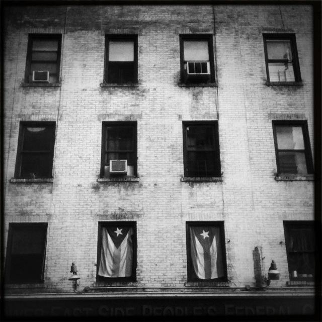 NYC_window_flags