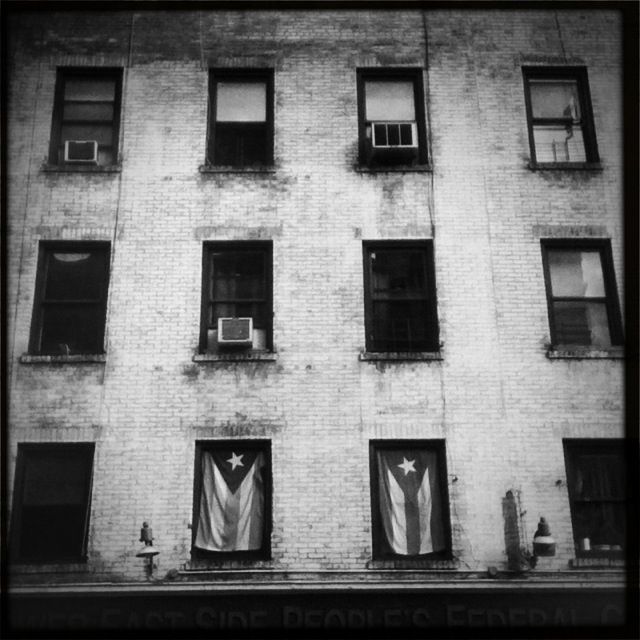 NYC_window_flags